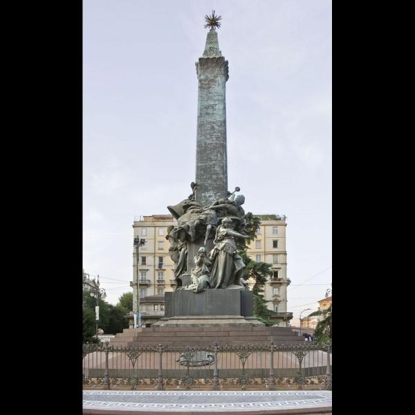 Monumento alle V Giornate